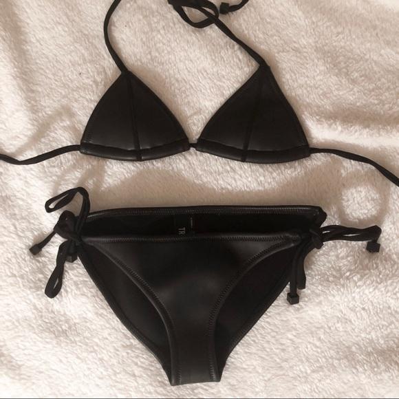 c3d3f300f4f80 Black Leather Triangl Bikini Set. M 5ae50aff3b16083f38143068